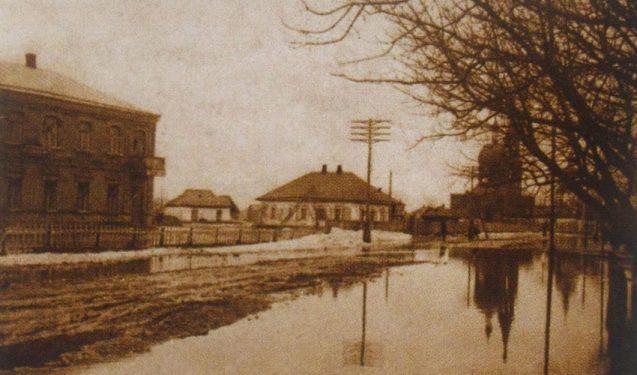 Фото центральної частини Петриківки 1930-х років petrykivkapaint.livejournal.com