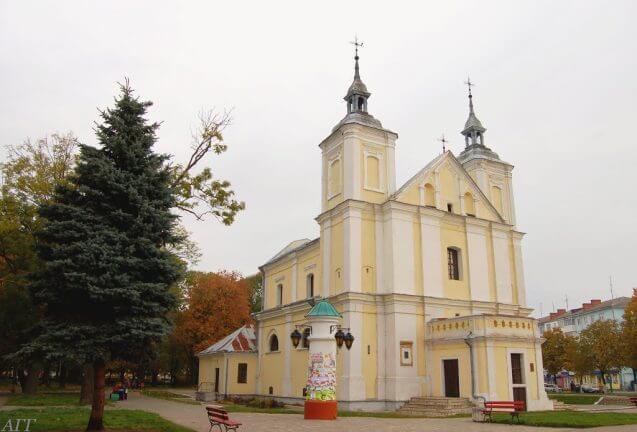 Костел Іоакима і Анни invtur.com.ua
