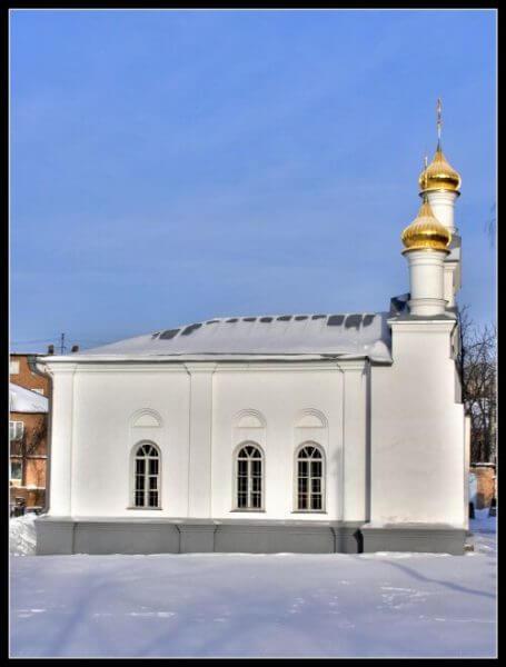 Церква Святого Миколая(Микільська церква) - найстаріша споруда міста. Фото з сайту ukrainaincognita.com