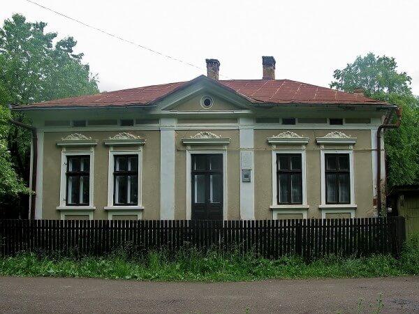 Будинок, в якому жив Ю. Федькович. Фото andy-travel.com.ua